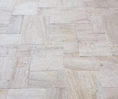 Travertine Picasso Vein Cut