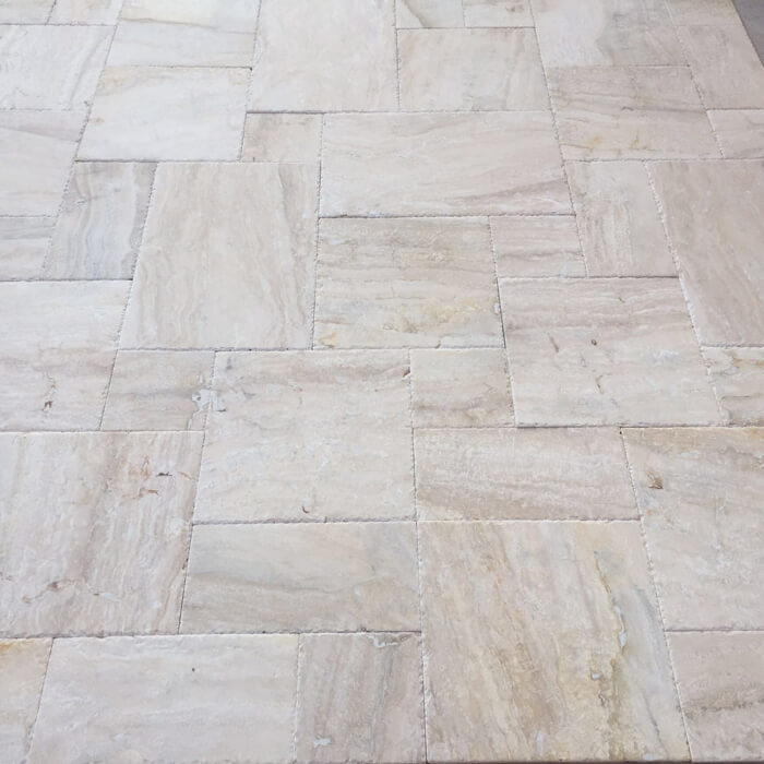 Травертин Travertine Picasso Vein Cut