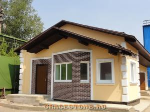 79 mokrii-fasad
