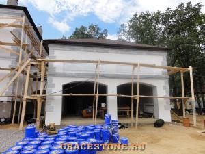 17 montaj-fasadnogo-dekora